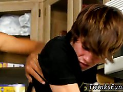 Kyler inches into that saucy rump and bangs the stud right there against the counter! A suc...