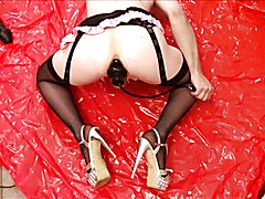 Sissyslut streches her asspussy with inflatable toys handsfree orgasm at the end:) dont Forg...