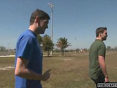 jock gives deepthoat to muscular jock outside