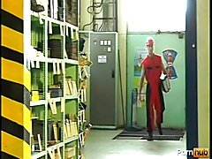Hunky muscle fucks in the warehouse