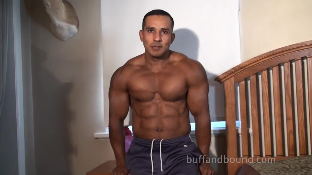 bondage video of muscle hunk - manporn.xxx