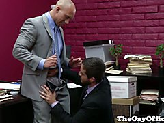 Muscular office hunk fucked by his boss after sucking