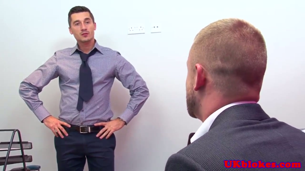 muscular british gay office fuck action - manporn.xxx