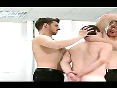 BDSM El pelele de la oficina
