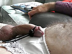 Cumming Hands Free with Electro Stim
