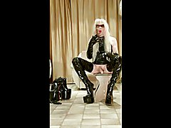 extreme boots cums  scene 2