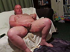 Fat man gets very VERY messy! Part 2