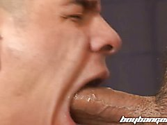 Twink pounded bareback by hung daddy