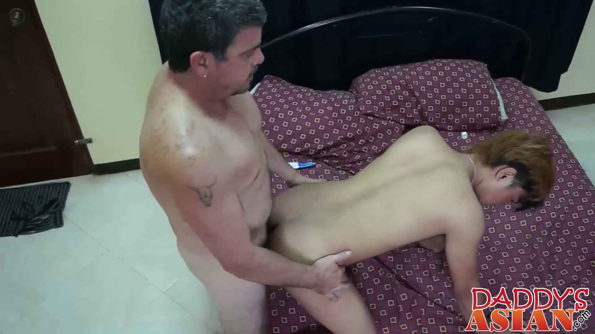 Old man fucking twink Daddy fucks Cyruz in his adorable Asian tight twink asshole