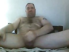 Same hot daddy bear  loves to finger his ass