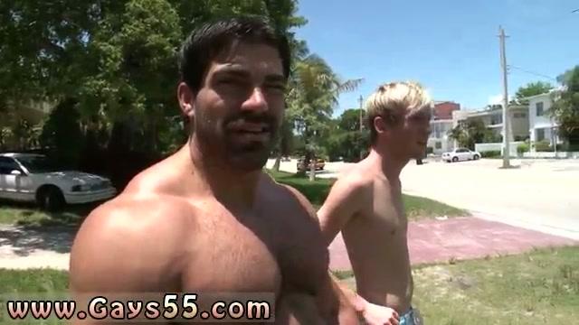 nude-black-males-in-public-movie-vampiers-suck