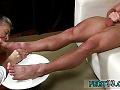 Male kneeling feet gay Scott Has A New Foot Slave