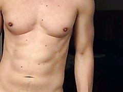 Freeballing bulge rub Webcam show