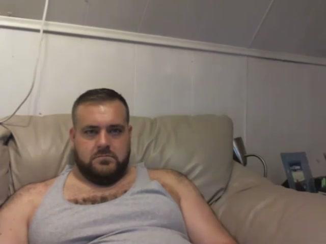 Daddy bear cums in ass