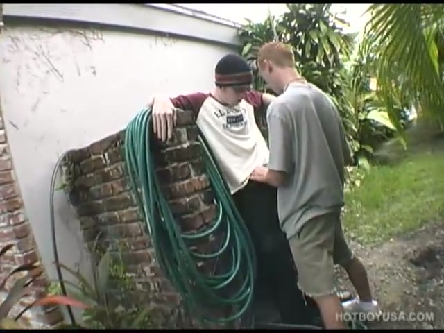 young chris and jarrin fuck