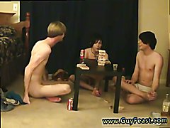 Classic gay boy porn Trace and William get together with their new friend Austin for the