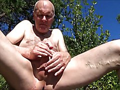Pervert Ulf Larsen outdoor - wank and suck stranger...