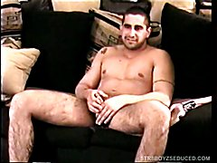 When straight boy Zack strips down we can see his sexy