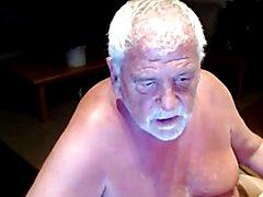 grandpa play on cam  scene 8
