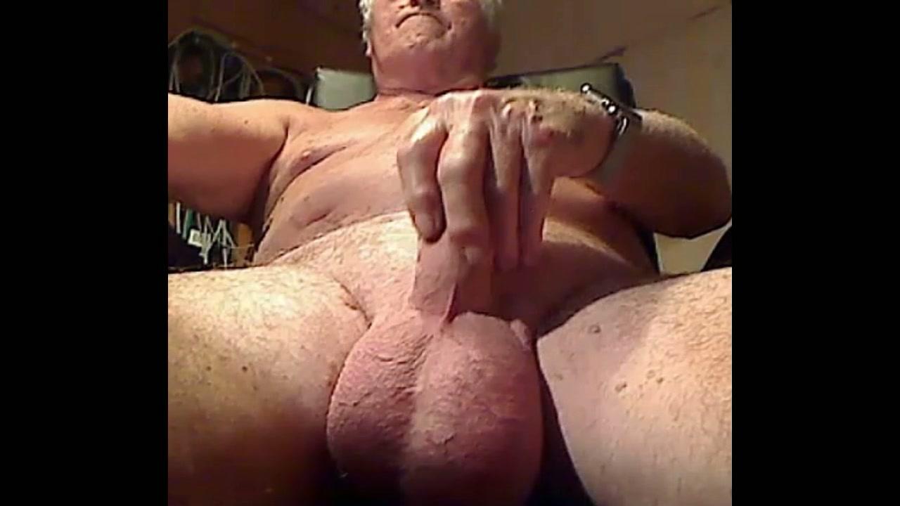 Gay blowjobs until cumming gobbling the 9