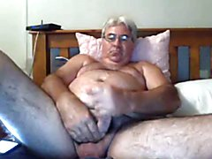 daddy thick cock plays a little bit