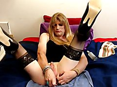 Cd Martha loves her purpule vibrator