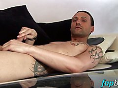 Jeff Paris spends some quality time alone wanking his
