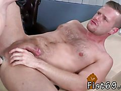 Videos male showers lockers gay xxx Brian Bonds and Axel Abysse stir to the office and