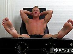 Johnny Gets Tickled Naked Soft bondage gay porn