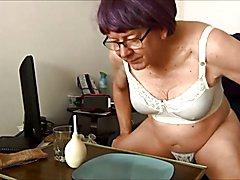 Naughty Gigi - My first slime enema
