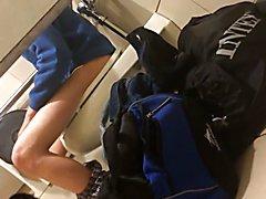 Str8 spy athlete in public toilet