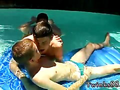 Male nipple gay porn photos Undietwinks faves Ayden, Kayden and Shane get into a steaming