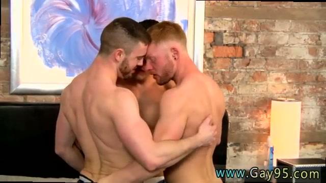 male-mates-naked