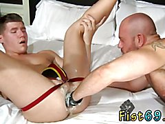 Dakota Wolfe is bent over and ready to take an bearing