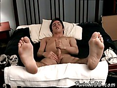 Gallery video gay boys feet Gorgeous Fitch & His Big Feet