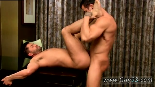 Xxx guys penetrating on pussies