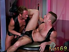 Extreme gay muscle fisting mobile Brian Bonds heads to Dr. Strangeglove's office with his