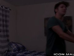 IconMale StepBrother Cums from Anal Fuck