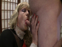 SISSY Cocksucking with Facial
