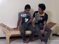 Asiatic Teenagers Willy and Kris Barebacking