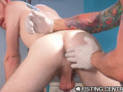 FistingCentral Muscular Old Man Hugh Hunter Fists Paitent