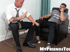 Debaucherous teen hunky stallion has his feet worshipped