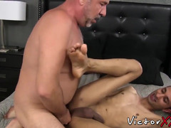 Hardcore gay prince doestoryed by daddys condomless pecker