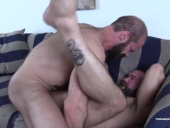 Two hot bears knocking off without condoms