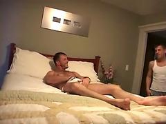 Friends in bed go bareback