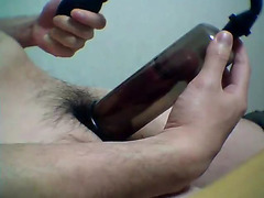 See a penis pump work