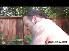 Burly bear top fucks outdoors
