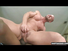 Older guys enjoys thugs pipe gets cummed in his ass